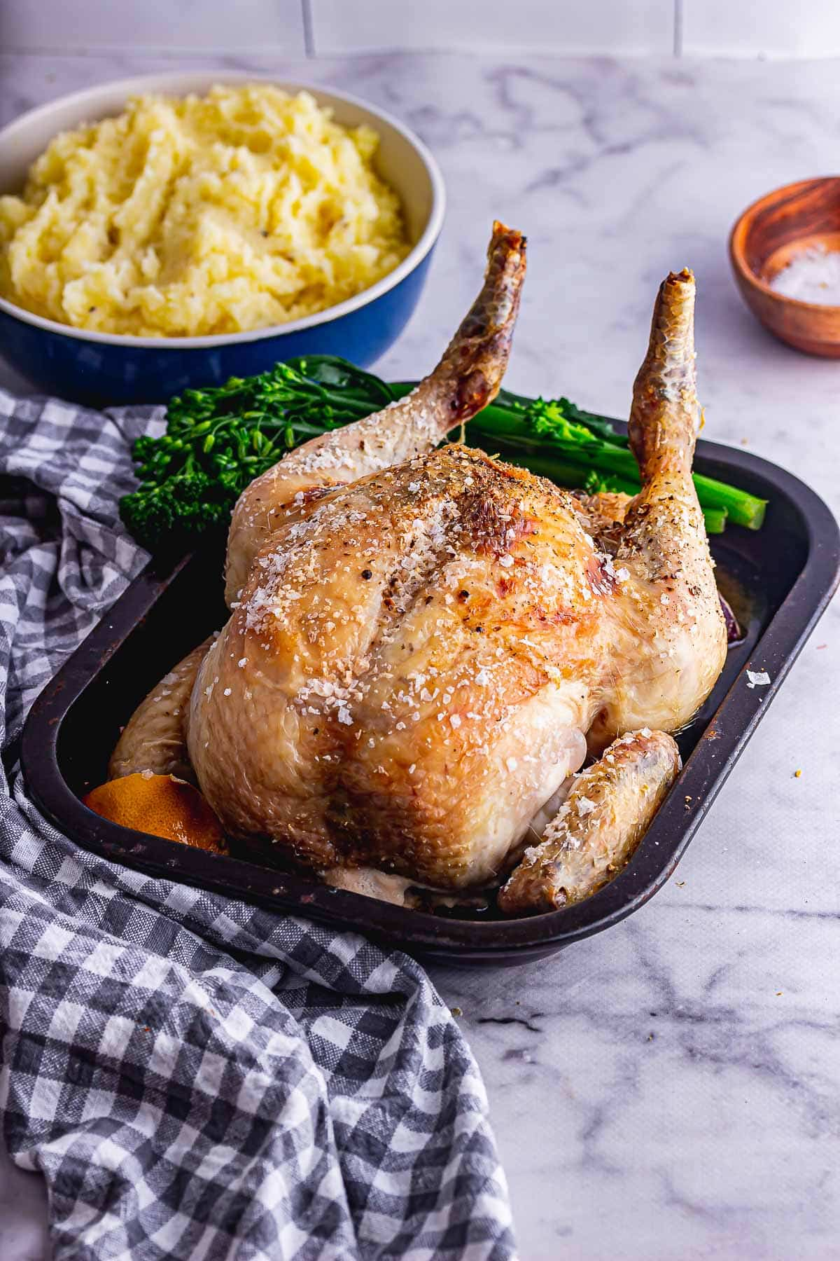 Perfect roast chicken with broccoli and mashed potato