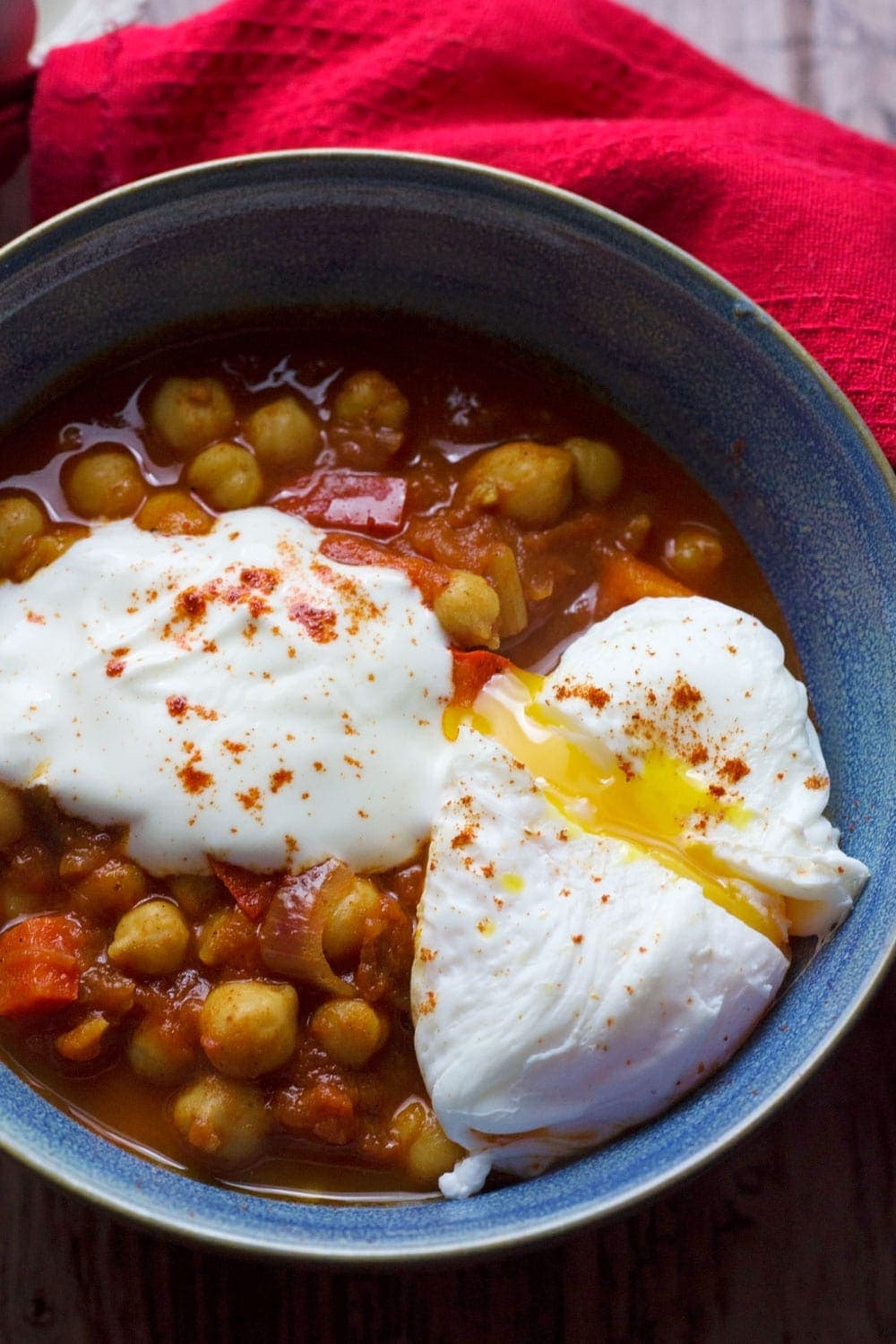 Chickpea polenta bowls with an egg