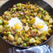 This Brussels sprout, potato & bacon breakfast hash is the perfect thing to start your morning! Crack in an egg or two & you've got a tasty morning meal.