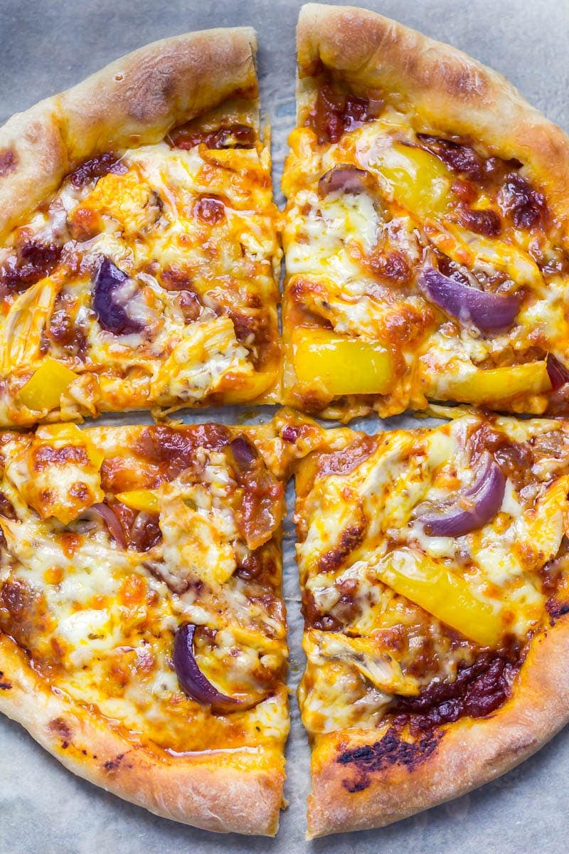 Stuffed Crust Pizza with Chipotle Chicken. Forget take-away! This stuffed crust pizza is surprisingly easy to make and tastes amazing! Shredded chicken, a chipotle spiked tomato sauce, yellow pepper and red onion all make perfect toppings for the ultimate pizza. #pizza #recipe #chipotle #chicken