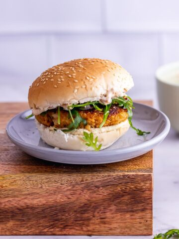 Close up of veggie burgers on a grey plate