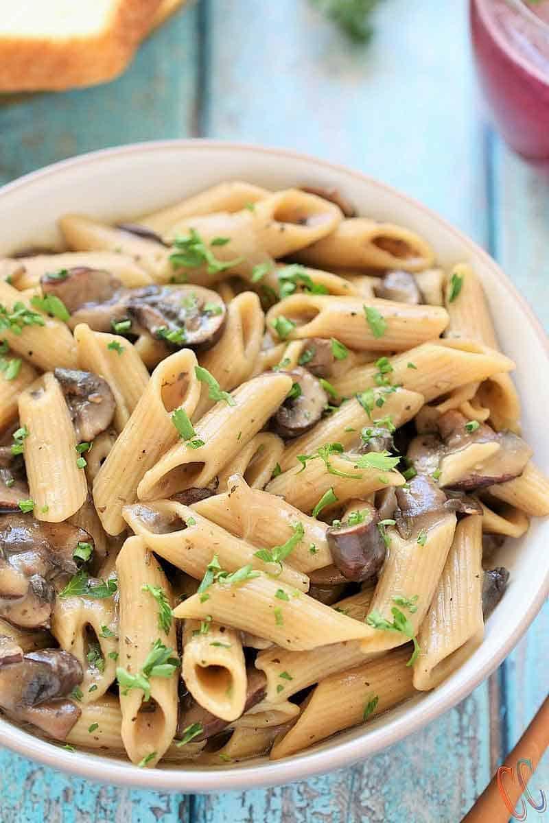 20 Minute Dinners: Instant Pot Vegan Mushroom Stroganoff