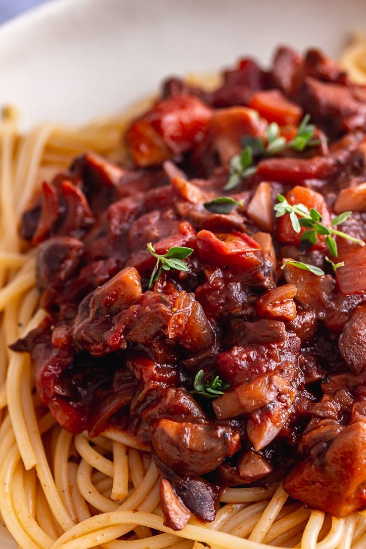 Close up of vegetarian spaghetti bolognese